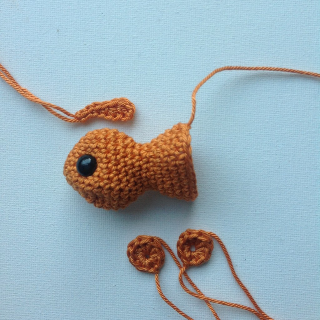 Crochet_goldfish
